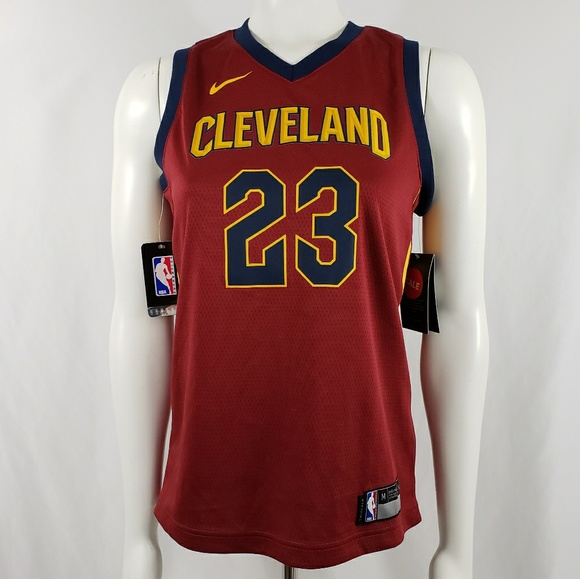 best sneakers 0b9bb b51c9 NBA Nike Dri fit Lebron James Jersey youth sz M